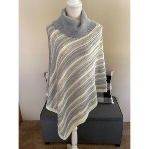 WHBM Wool Blend Poncho Sweater Size Large
